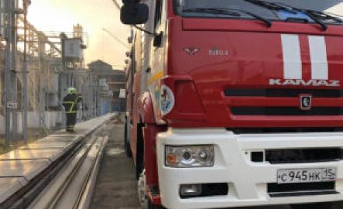 Гибель спасателя и остановка предприятия. Во Владикавказе 12 часов тушили пожар на заводе