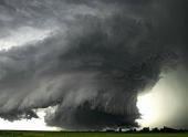 Мир сотрясают ужасные погодные катаклизмы