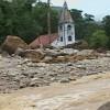 Число жертв оползней и наводнений в Бразилии превысило 670 человек