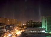 Минчане наблюдали необычное природное явление — световые столбы