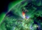Мощная магнитная буря захватила Землю