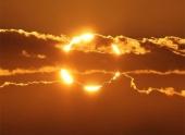 На Солнце за сутки зарегистрированы две мощные вспышки