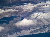 Пять камчатских вулканов начали одновременное извержение
