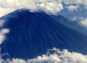 Вулкан Мерапи активизировался на индонезийской Яве