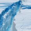 NASA пристально следит за опасным айсбергом