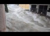 Афины приходят в себя после наводнения