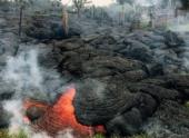 Поток лавы из вулкана Килауэа добрался до поселка Пахоа
