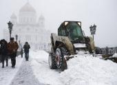 Снегоуборочная техника будет работать в Москве в режиме нон-стоп