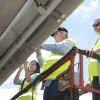 НАСА тестирует покрытие для самолетов, которое отталкивает насекомых и экономит топливо
