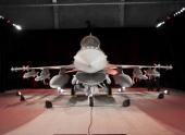 Ирак получил первый истребитель F-16IQ