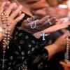 Американские психологи причислили веру в Бога к психическим болезням