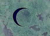 Таинственное круглое озеро в Аргентине решили проверить на наличие базы инопланетян