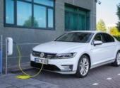 Volkswagen вложит в электромобили ещё больше денег, лишь бы все были здоровы