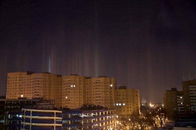 Световые столбы в Минске