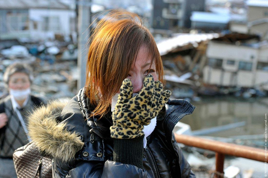 Землетрясение и цунами в японии фото