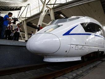 Гроза в Китае обесточила железную дорогу стоимостью 33 миллиарда долларов
