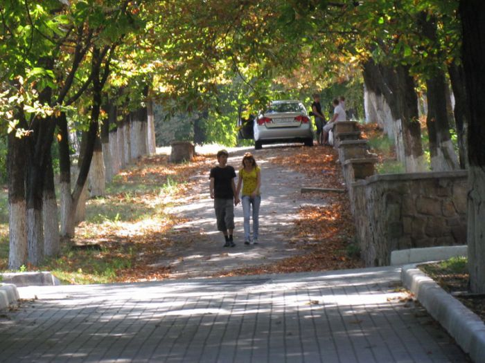В Мариуполь неожиданно пришла осень