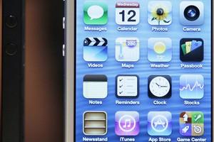 Пользователи iPhone смогут продавать фото